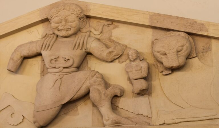 028-Archaeological-Museum-2